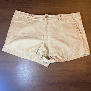 Gap khaki shorts - 16